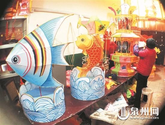 花灯制作,木偶头雕刻等也将进行展示,还有少年儿童喜爱的花灯diy.