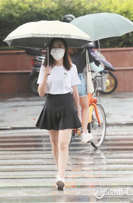 猝不及防 六月天的雨就是这么任性