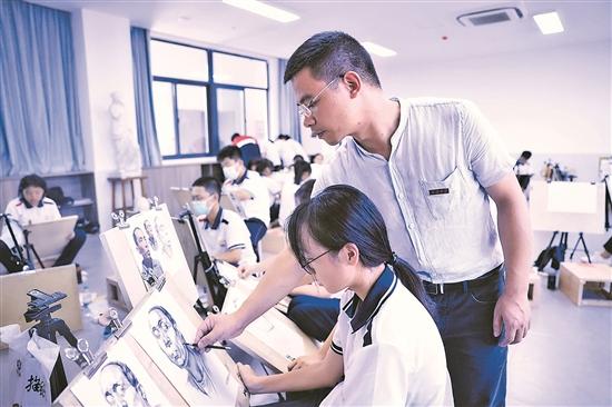 灵活采用多种教学方法 激发学生潜藏灵感